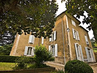 Apt France Vacation Rentals - Home