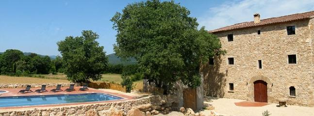Serinya Spain Vacation Rentals - Home