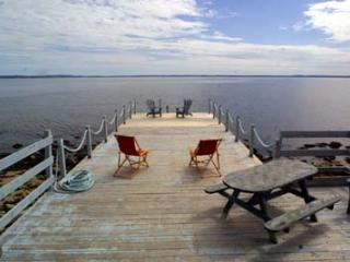 Queensland Canada Vacation Rentals - Cottage