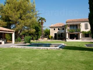 Cadenet France Vacation Rentals - Home