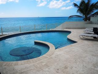 Villa Bahari, Shore Pointe, Cupecoy, St Maarten