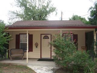Fredericksburg Texas Vacation Rentals - Bed & Breakfast