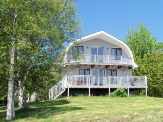 North Shore Canada Vacation Rentals - Cottage