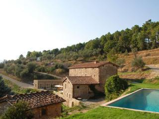 Vorno Italy Vacation Rentals - Farmhouse / Barn