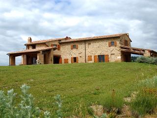Monticchiello Italy Vacation Rentals - Farmhouse / Barn