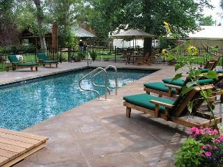 Ennis Montana Vacation Rentals - Cabin