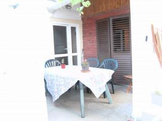 A1(2+3): balcony