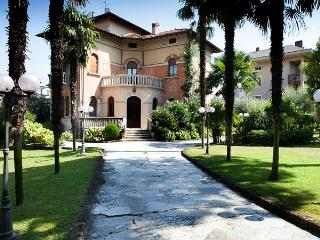 Desenzano del Garda Italy Vacation Rentals - Home