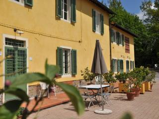 Buggiano Italy Vacation Rentals - Home