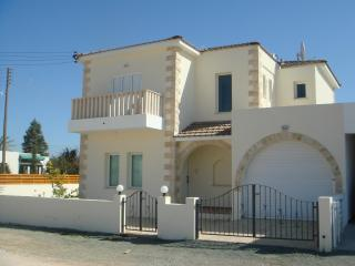 Dherynia Cyprus Vacation Rentals - Villa