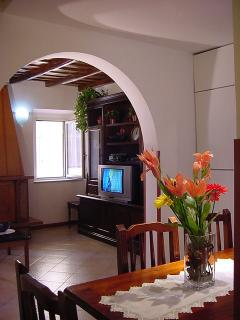 Apartment Fico Rome apartment for 4, central Rome holiday accommodations