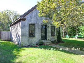 Adorable, spacious one bedroom guest house