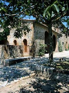 Villa in Vico Basso   Rent Villas   Classic Vacation