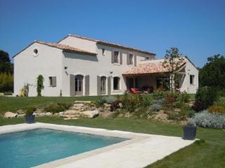 Le Puy-Sainte-Reparade France Vacation Rentals - Home