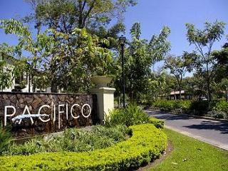 Welcome to Pacifico Resort