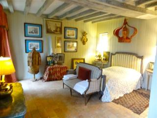 Saumur France Vacation Rentals - Home