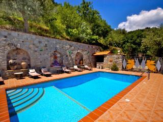 Graniti Italy Vacation Rentals - Home