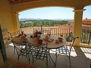 La Motte France Vacation Rentals - Apartment