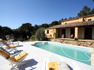 Jouques France Vacation Rentals - Villa