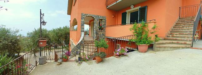 Ascea Italy Vacation Rentals - Home