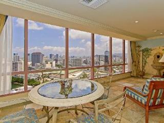 Waikiki Hawaii Vacation Rentals - Villa