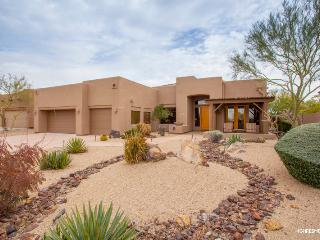 C4819 - Lonesome Trail Cave Creek Home