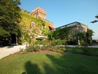 Follonica Italy Vacation Rentals - Home