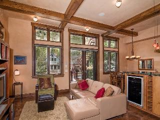 Bear Creek Loft B - Open floor plan, tall ceilings