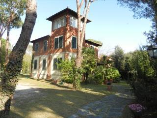 Marina Di Massa Italy Vacation Rentals - Home