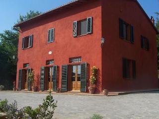 Lari Italy Vacation Rentals - Villa