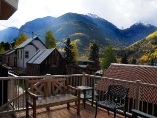 Sunny Side Magnificent views of box canyon, bear creek and Telluride ski resort
