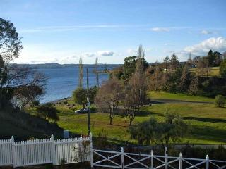 Taupo New Zealand Vacation Rentals - Home