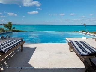 Bahama Palm Shores Bahamas Vacation Rentals - Villa