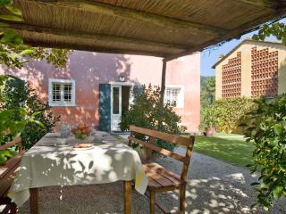 Monte San Quirico Italy Vacation Rentals - Home