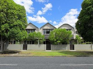 Rotorua New Zealand Vacation Rentals - Home