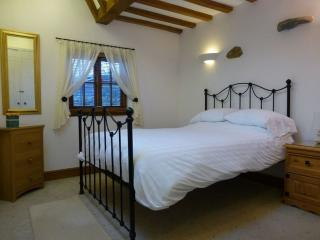 Howtown England Vacation Rentals - Cottage