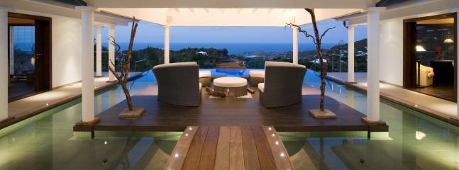 Spacious 4 Bedroom Villa on the Hillside of Vitet