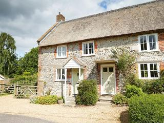 Maiden Newton England Vacation Rentals - Home
