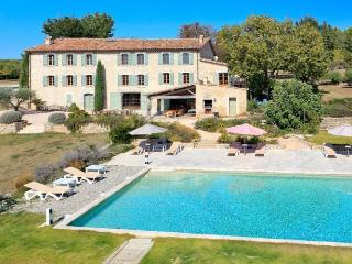 Figani res France Vacation Rentals -