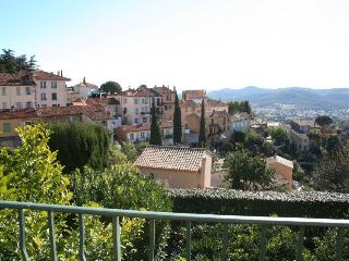 Var France Vacation Rentals - Apartment