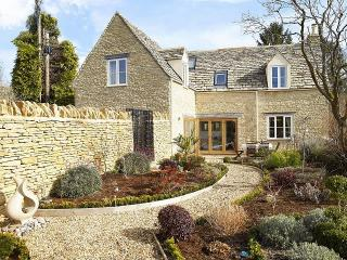Sherston England Vacation Rentals - Home