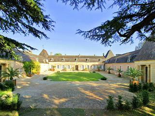 Cadouin France Vacation Rentals - Home