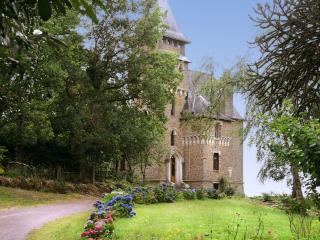 Quelneuc France Vacation Rentals - Home