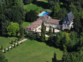 Lalandusse France Vacation Rentals - Home