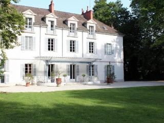 Tailly France Vacation Rentals - Home