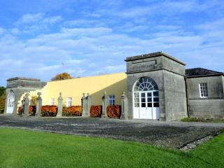 Oldcastle Ireland Vacation Rentals - Home