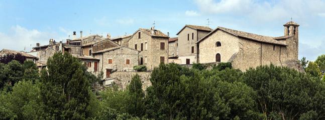Cantalupo Italy Vacation Rentals - Home