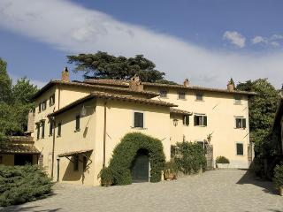 Molezzano Italy Vacation Rentals - Home