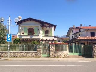 Cinquale Italy Vacation Rentals - Home