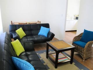 Four @ 150 - Living Dining Area